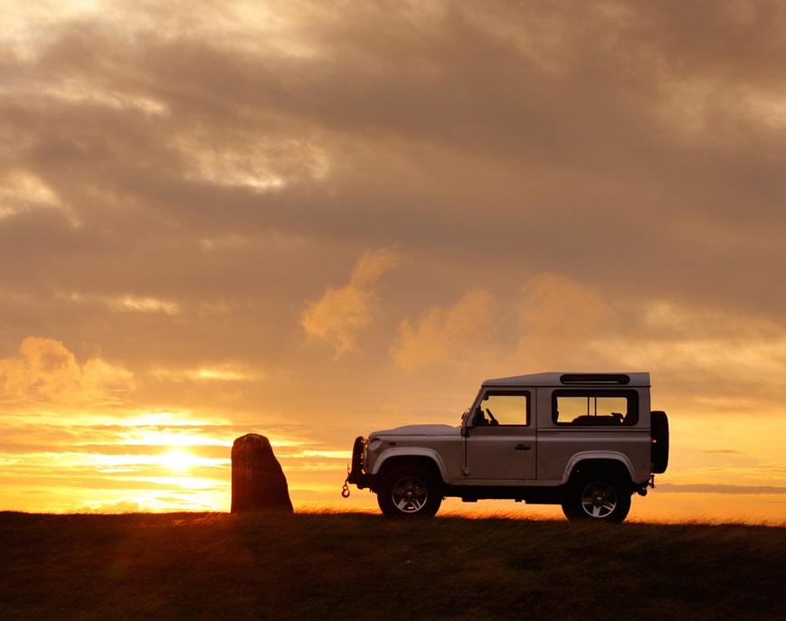 Cadillac-Station-Wagon-Car-Land-Rover-Defender-Wallpaper-New