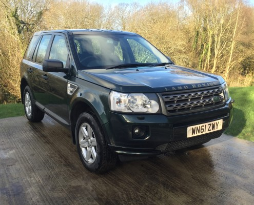 Specialists in Land Rover, Candys 4x4 Hampshire, Wiltshire and Dorset